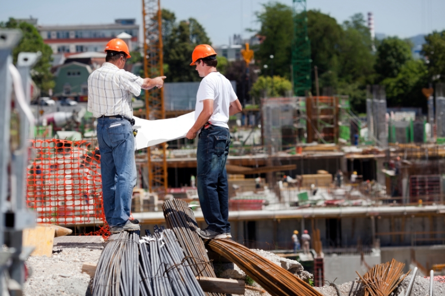 Workplace supervision onsite training solutions for House construction contractors